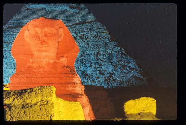 028_Son_et_Lumiere_des_Pyramides.jpg