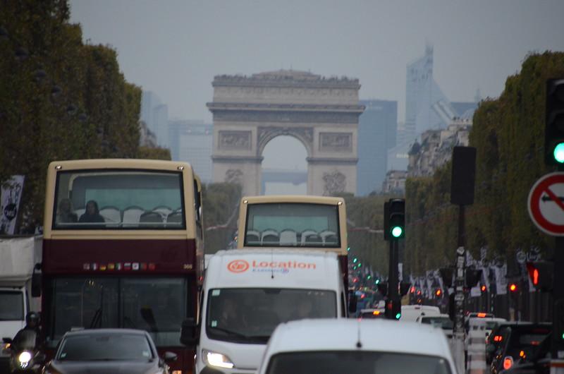 Arc de Triomphe - Champs-Élysées