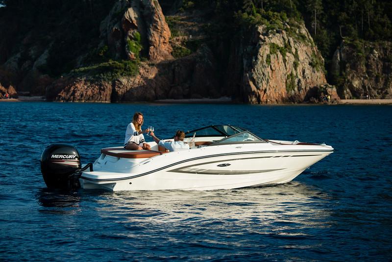 19 SPX Outboard (32).jpg