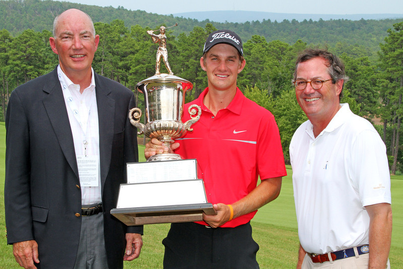 Rodgers poses with The Alotian Club founder, Warren Stephens (left) and WGA Chairman Jim Bunch following the trophy ceremony at the 111th Western Amateur at the Alotian Club in Roland, AR. (WGA Photo/Ian Yelton)