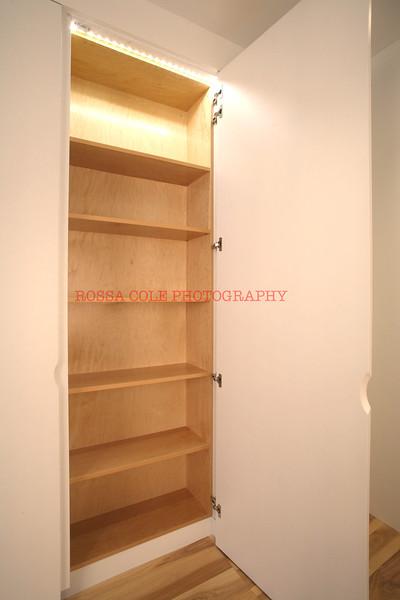 10-Open Closet 2.jpg