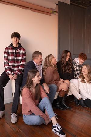 KELLIE BARNETT + FAMILY