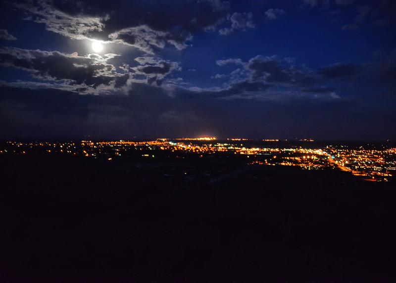 NEA_2806-7x5-Moon over Alamogordo.jpg