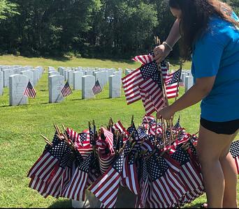 MEMORIAL DAY FLAGS MAY 2019