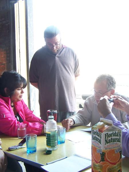 2005-07-13_LASHP_Not-A-Cornfield_Alianza-Meeting_07.JPG