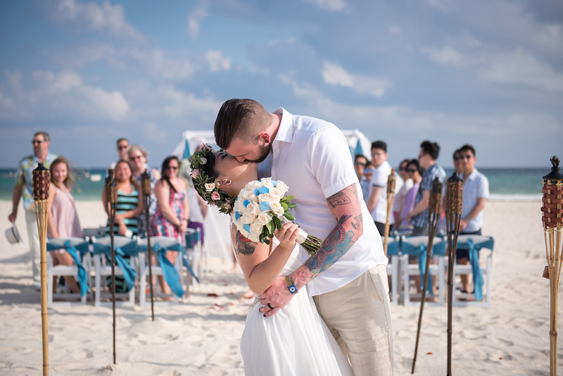 Amanda + Ryan  - Wedding - Sandos Playacar
