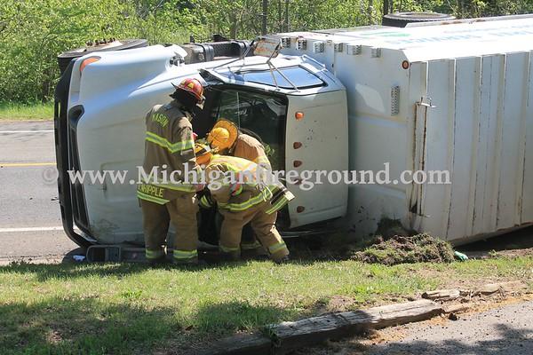 5/16/17 - Mason rollover crash, 664 E. Dexter Tr