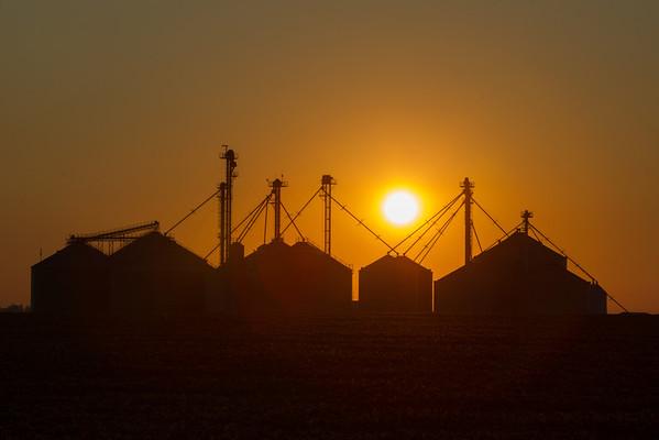 Polo, Illinois sunrise