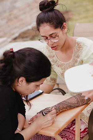 Amneet Henna and Family Sangeet