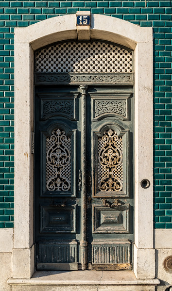 Portugal Doors 1 (1 of 1).jpg