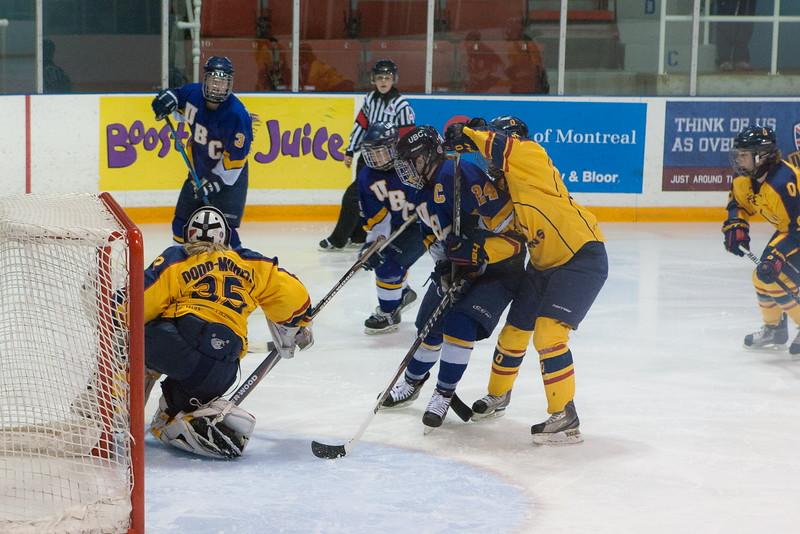 20130310 QWHockeyvsUBC 642.jpg