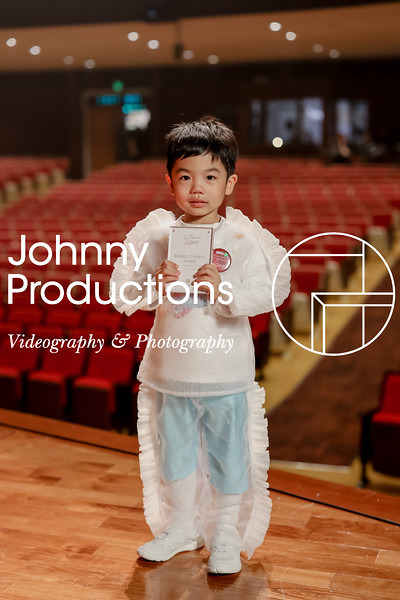 0042_day 1_award_red show 2019_johnnyproductions.jpg