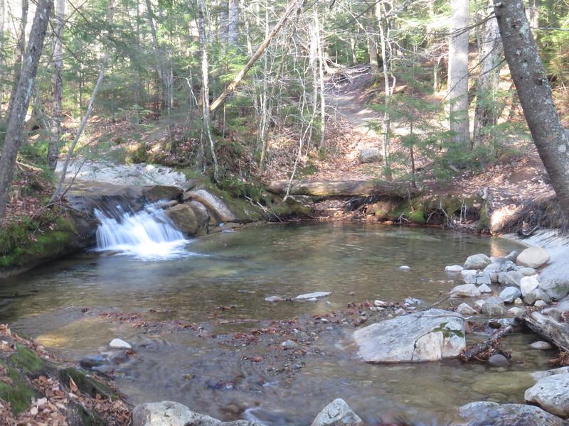 Mini cascade at the Basin.JPG