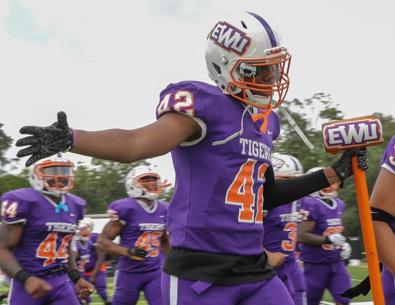 Edward Waters University won its inaugural football game at the Nathaniel Glover Community Field & Stadium on Saturday, Aug. 28, 2021. (Photo by Will Brown)