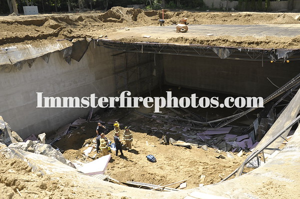 Jericho FD roof collapse in Brookville 7-27-11
