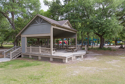 Picnic Center Stage