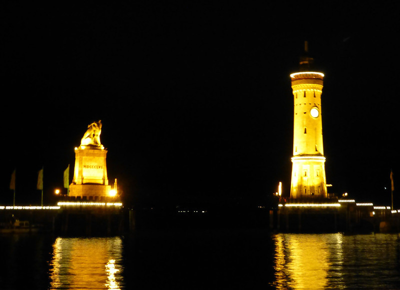 Day3-Lindau harbor entrance at night.jpg