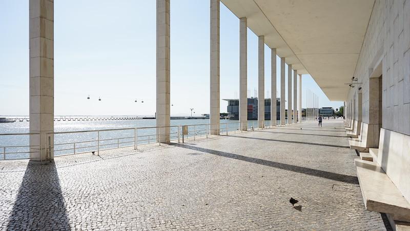 Modern bulding Lisboa (12).JPG