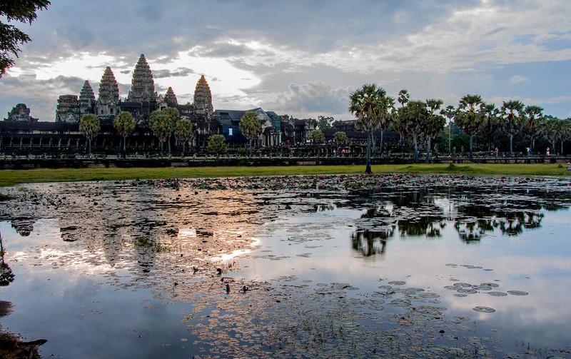 angkor-wat-sunrise-pamas-flickr1.jpg