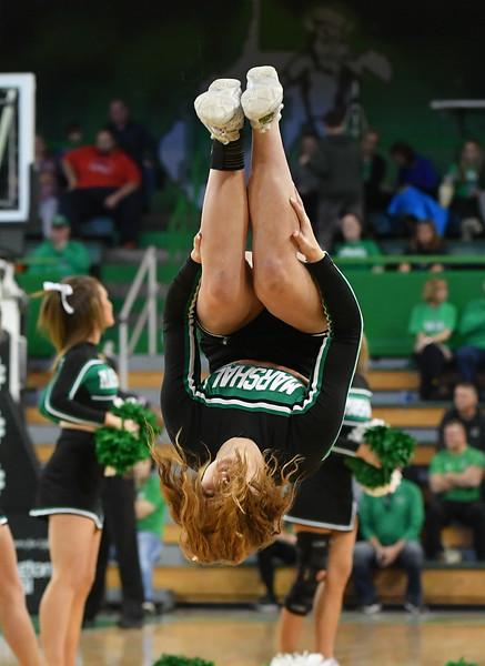 cheerleaders4673.jpg