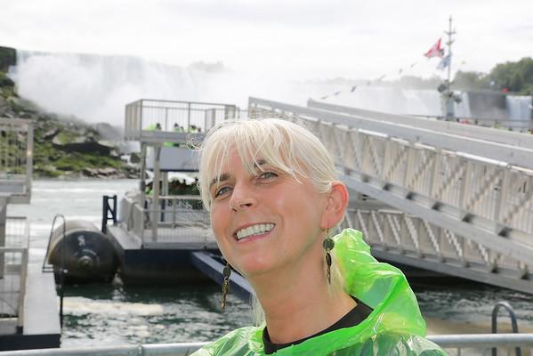 Niagara Falls Canadian Side Boat Tour