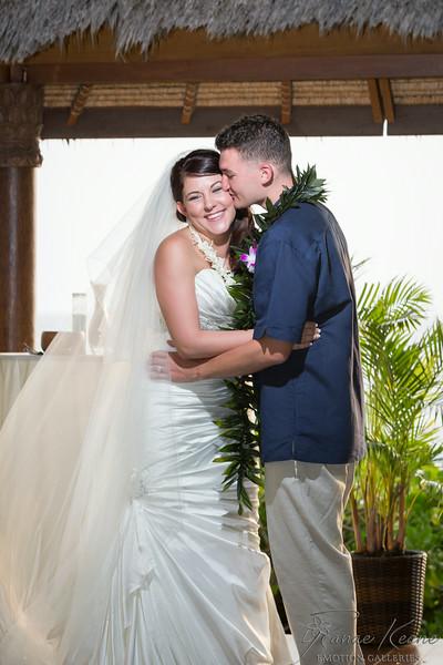 156__Hawaii_Destination_Wedding_Photographer_Ranae_Keane_www.EmotionGalleries.com__140705.jpg