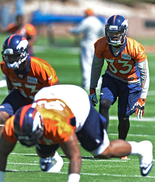 . Denver Broncos Duke Ihenacho (33) runs through drills during OTA\'s May 30, 2013 at Dove Valley. (Photo By John Leyba/The Denver Post)