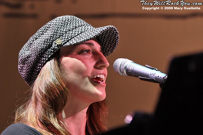 Sara Bareilles<br>August 2, 2008<br> Comcast Center - Mansfield, MA<br>Photos By: Mary Ouellette