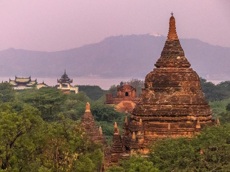 Myanmar Bagan Temples_P1170180.jpg