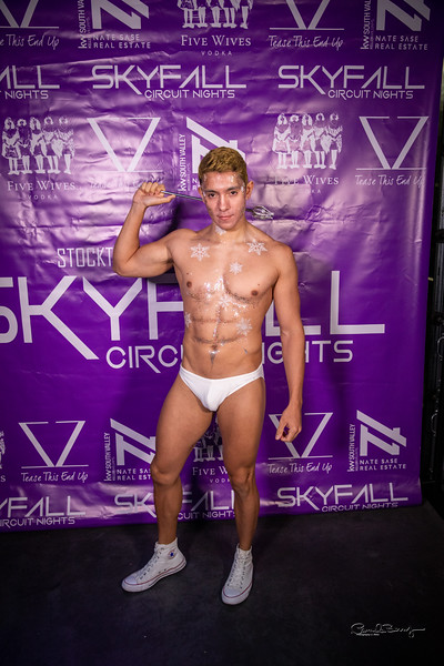 Skyfall White Party 2019