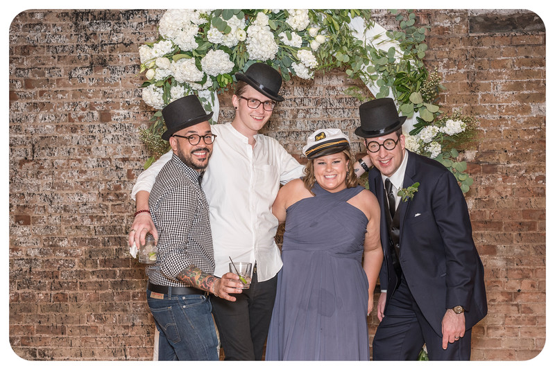 Laren&Bob-Wedding-Photobooth-174.jpg