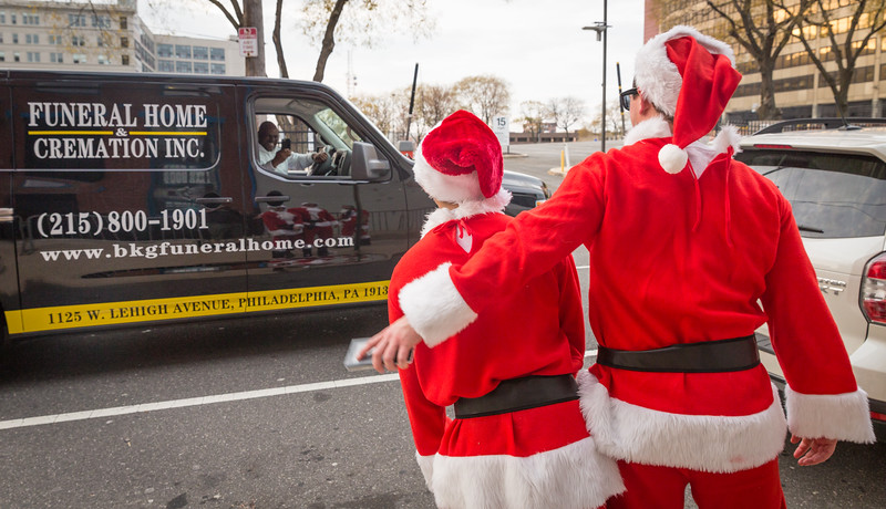Running with Santa Philadelphia 12-12-2015-3244.jpg