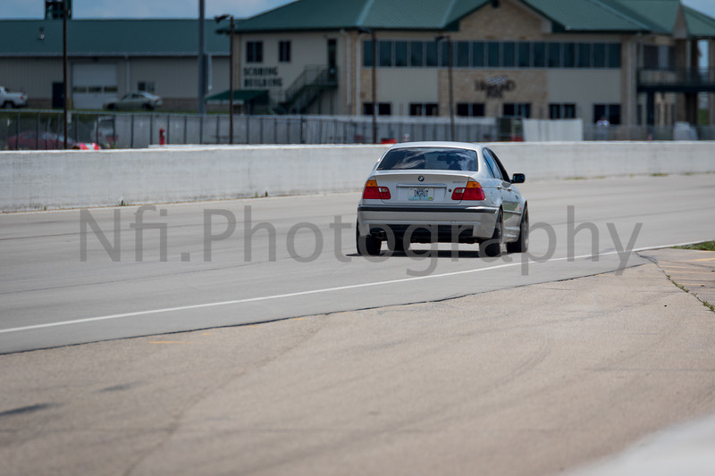 Flat Out Group 4-110.jpg