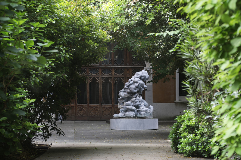Venice Biennale | Monumental outdoor marble cloud sculpture | Nocturne dress sculptures