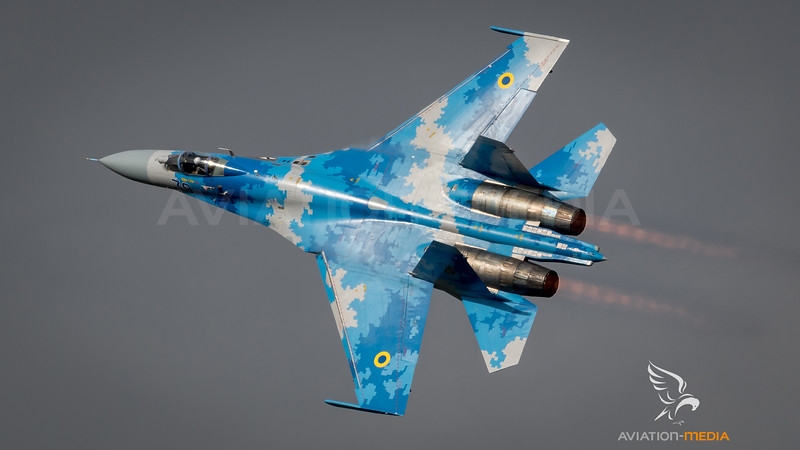 Ukraine Air Force / Sukhoi Su-27P Flanker-B / 39