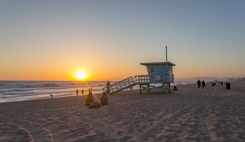 mb 5.13.20 beaches open sunset-1.mp4