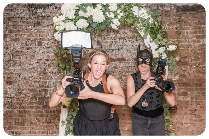 Laren&Bob-Wedding-Photobooth-83.jpg