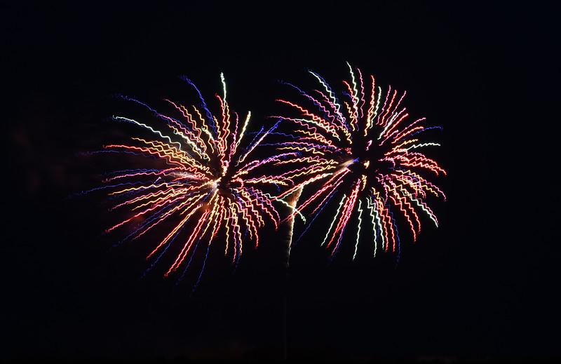Sullivans Island Fireworks July 2016_6.jpg