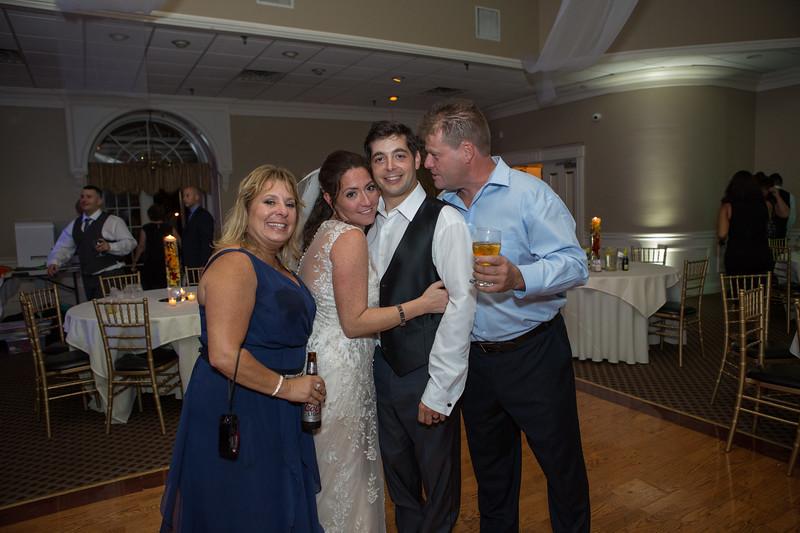 MRN_1750_Loriann_chris_new_York_wedding _photography_readytogo.nyc-.jpg.jpg