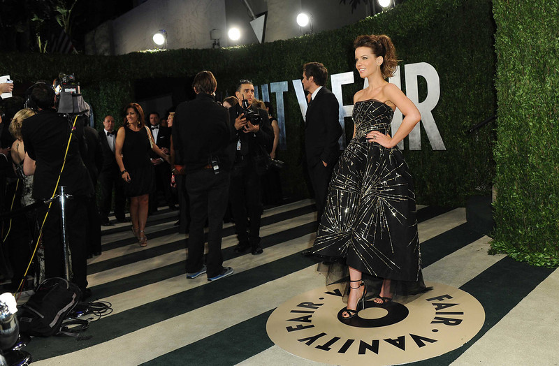 . Actress Kate Beckinsale arrives at the 2013 Vanity Fair Oscar Party on Sunday, Feb. 24 2013 at the Sunset Plaza Hotel in West Hollywood, Calif. (Photo by Jordan Strauss/Invision/AP)