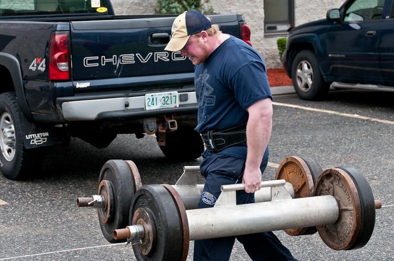 Fitness Revolution Strongman Challenge 2011_ERF3588.jpg