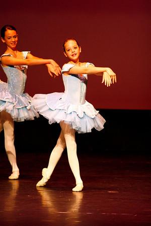 Dance Center Recital 6/1/08 Junior Company