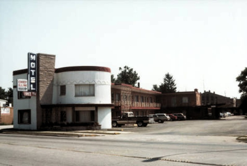 Chief Illini Motel