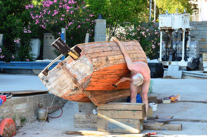 Boat Work. Bernardin