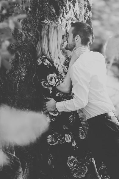 Engagement-090bw.jpg