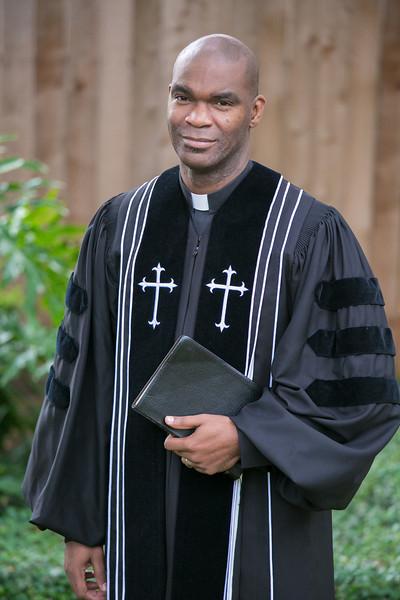 Pastor Moore-6043.jpg