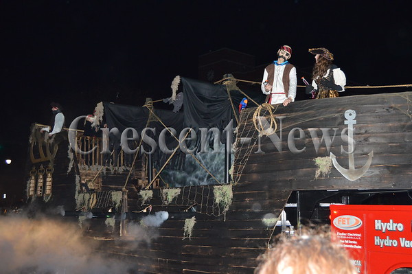 10-31-15 NEWS Halloween Parade