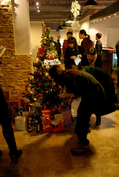 Will & Sigrid's Christmas Party - Beijing [12252008] (29).JPG