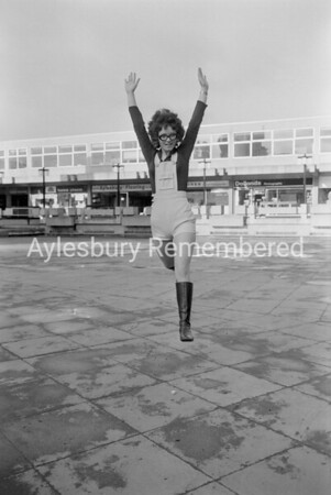 Model in Friars Square, Feb 1971