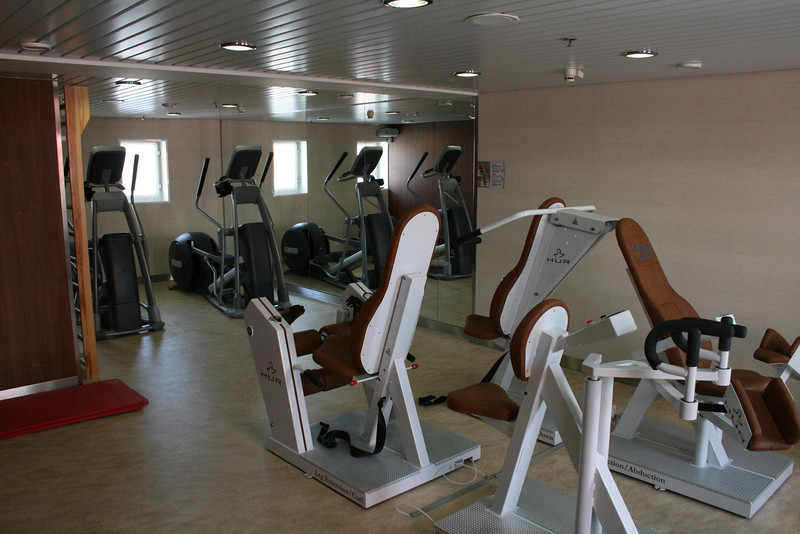 2011 - On board M/S KRISTINA KATARINA : gym, deck 8.